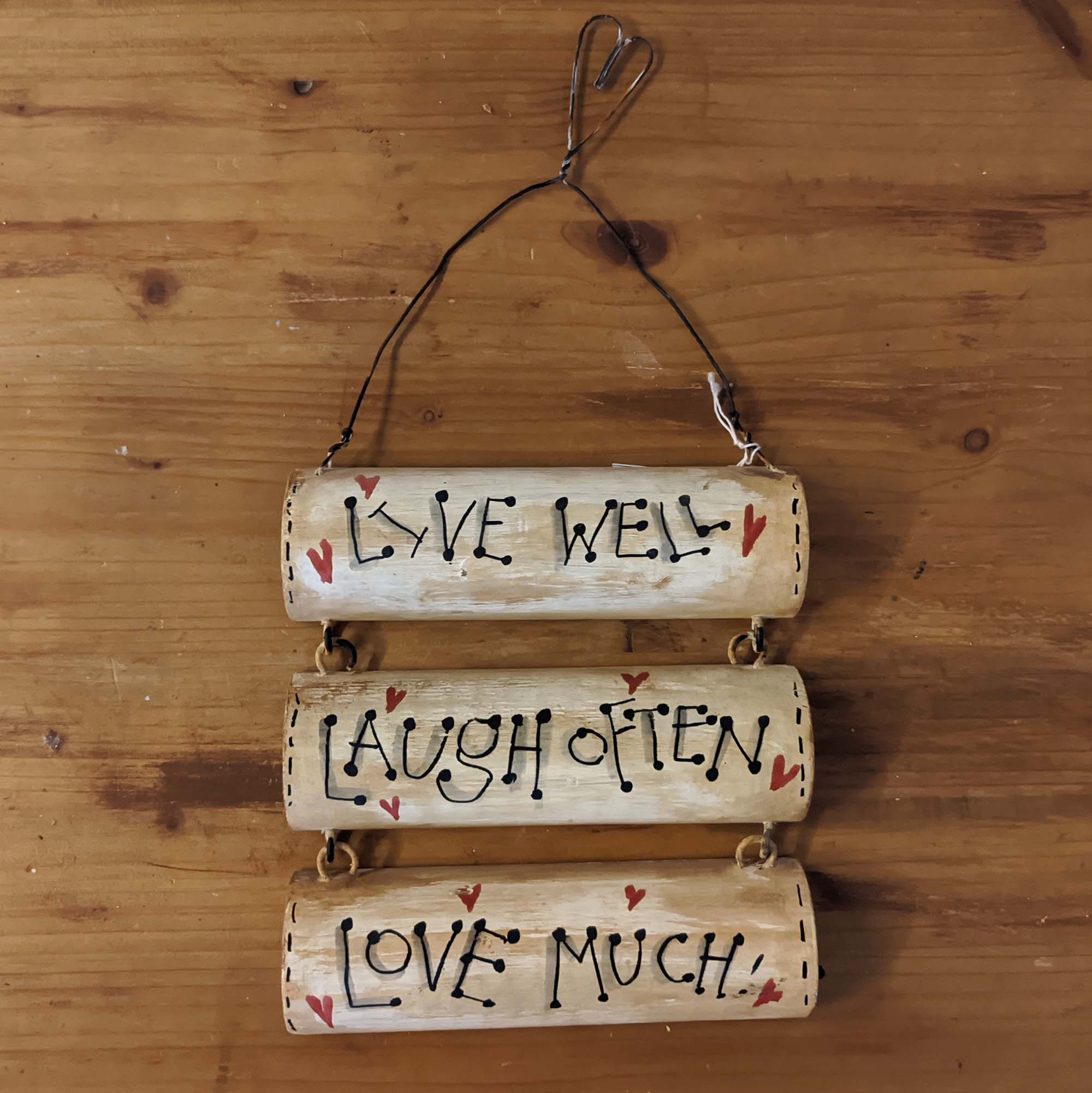 Ξύλινο – Wooden, LIVE WELL…