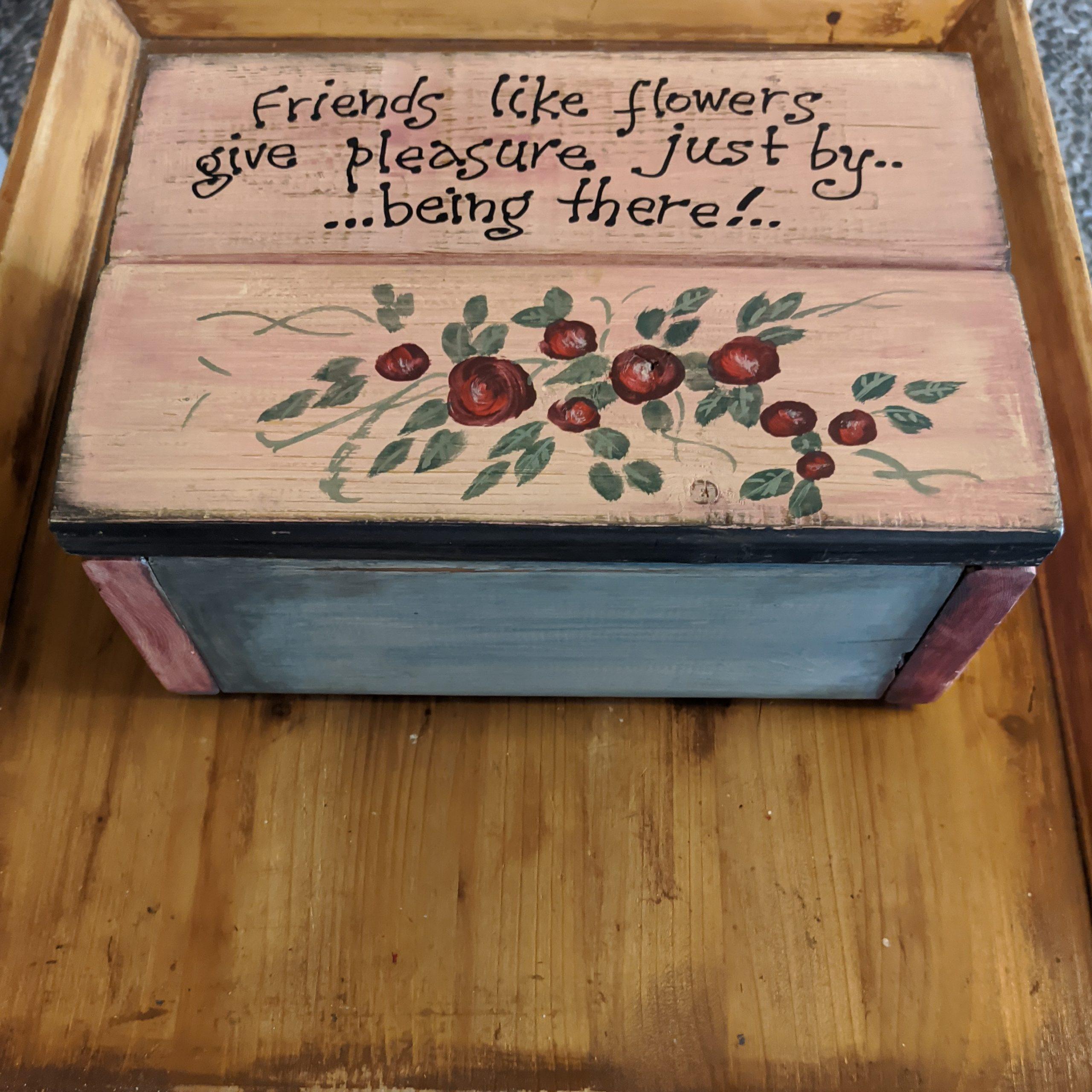 Ξύλινο κουτί / Wooden hand painted box ***