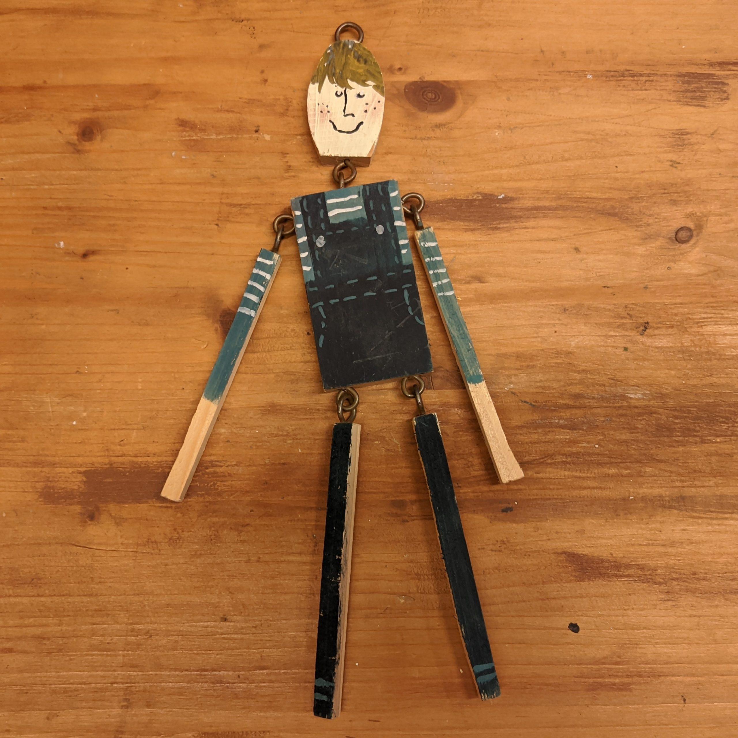 Ξύλινη μικρή μαριονέτα / Wooden marionette.