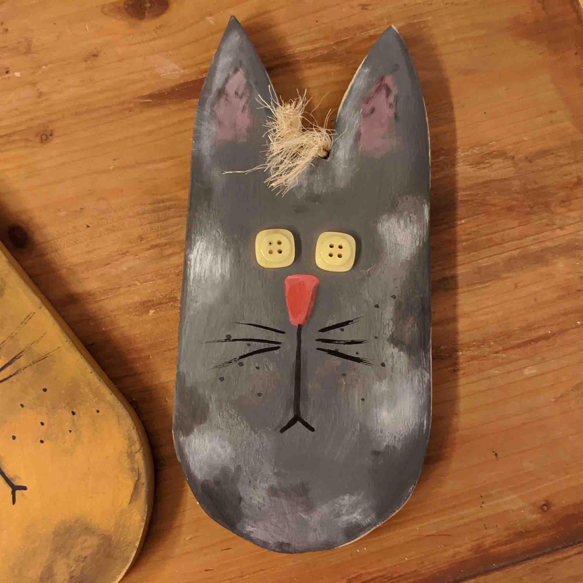 Ξύλινο κεφάλι γάτα  –  Hand painted wooden cat face
