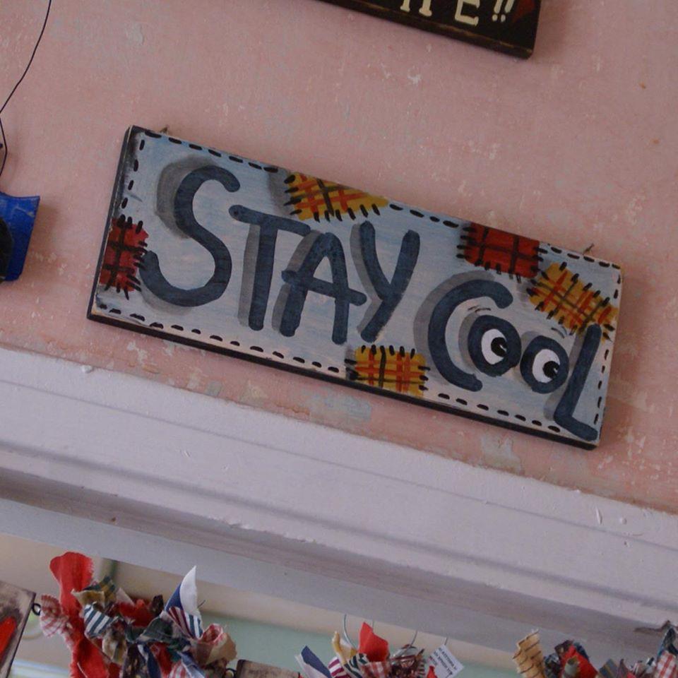 Ξύλινη πινακίδα, stay cool